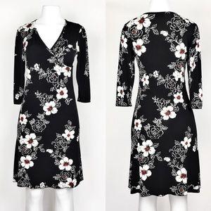 🍎 Tammy Mars Floral Black Dress Medium